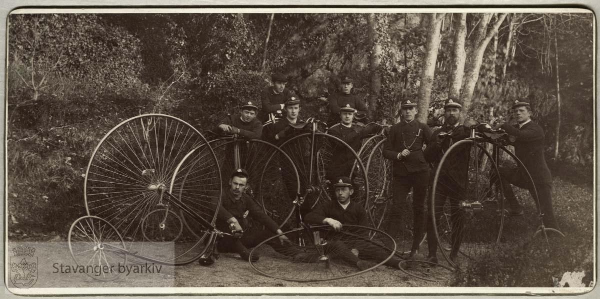 Sykkelklubb med veltepetter