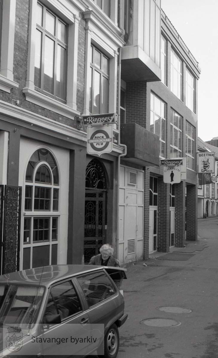 Rock Underground Pub.Chaplin