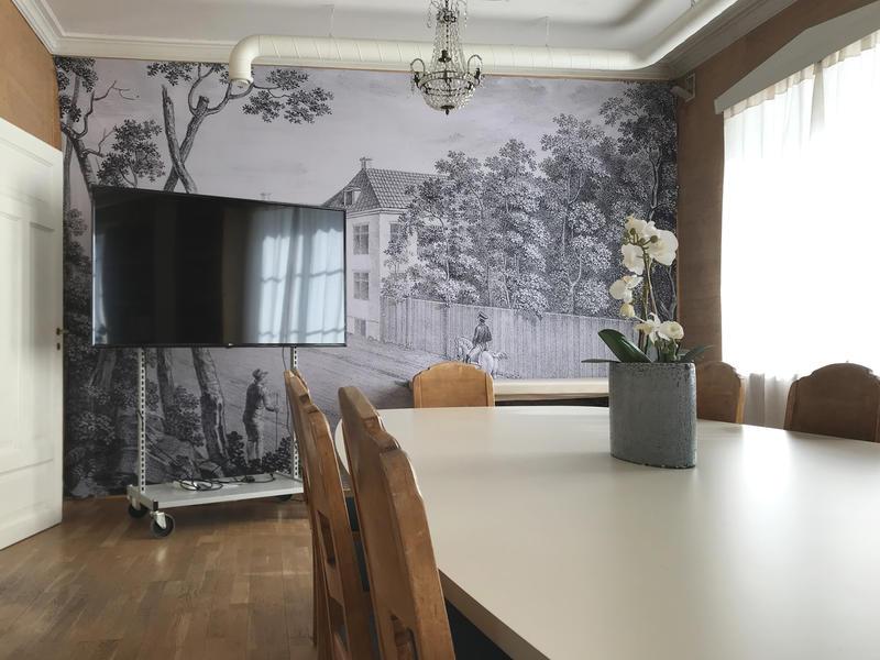 bord_og_TV.jpg