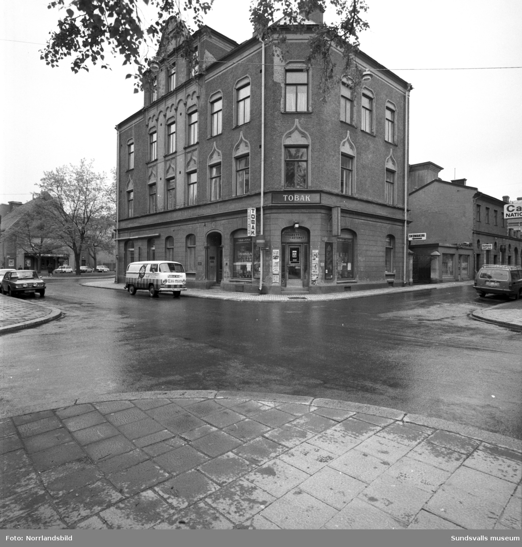 Huset på Trädgårdsgatan 23, Centralgatan15, på hörnet låg Nya Cigarraffären.