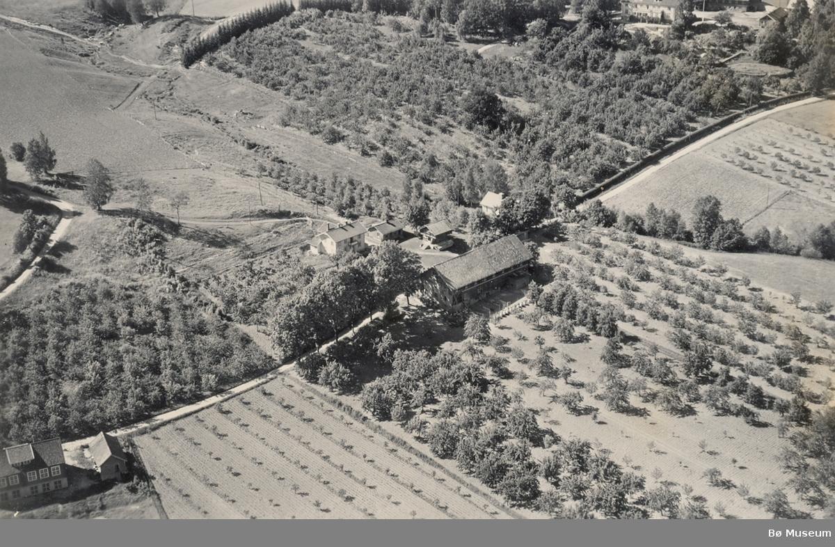 Flyfoto av Gåra i Bø