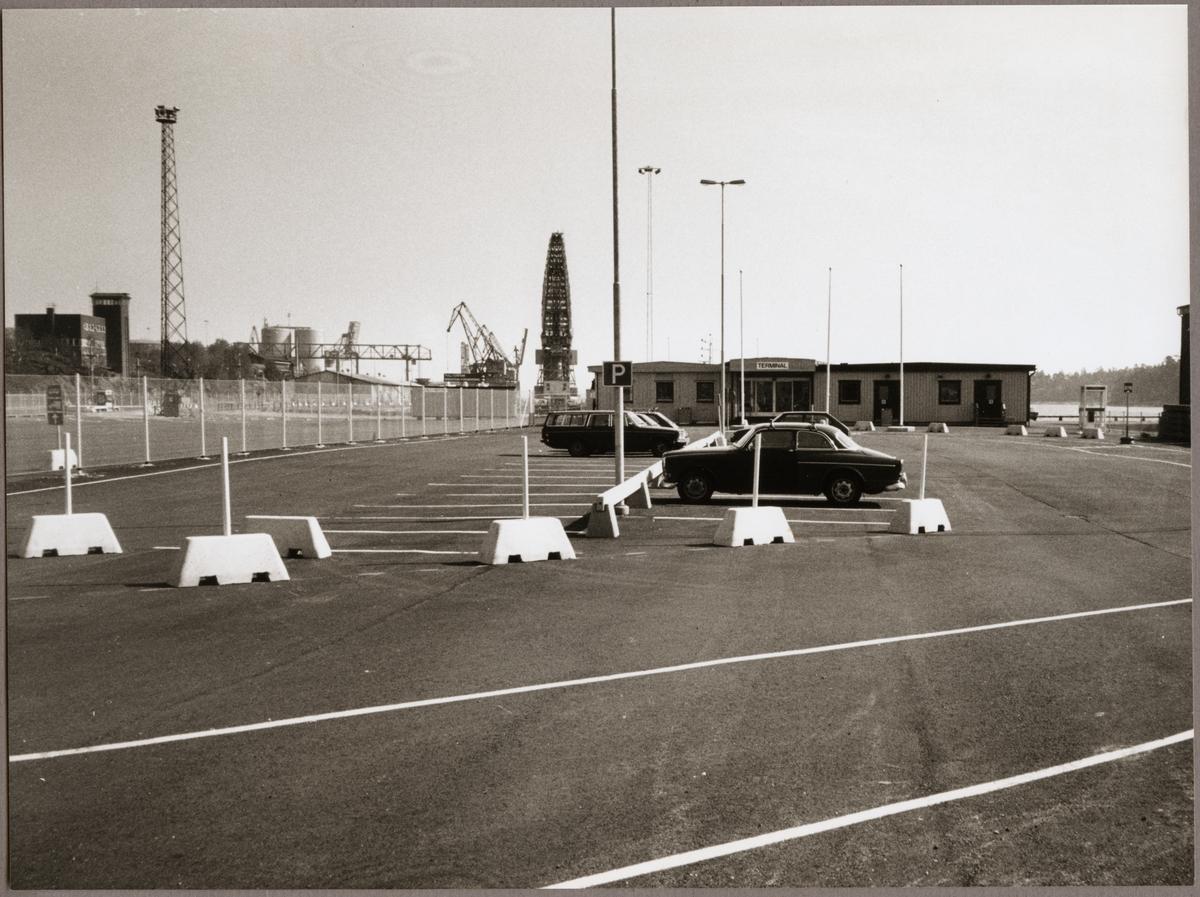 Färjeterminalen i Oxelösunds hamn 1990.