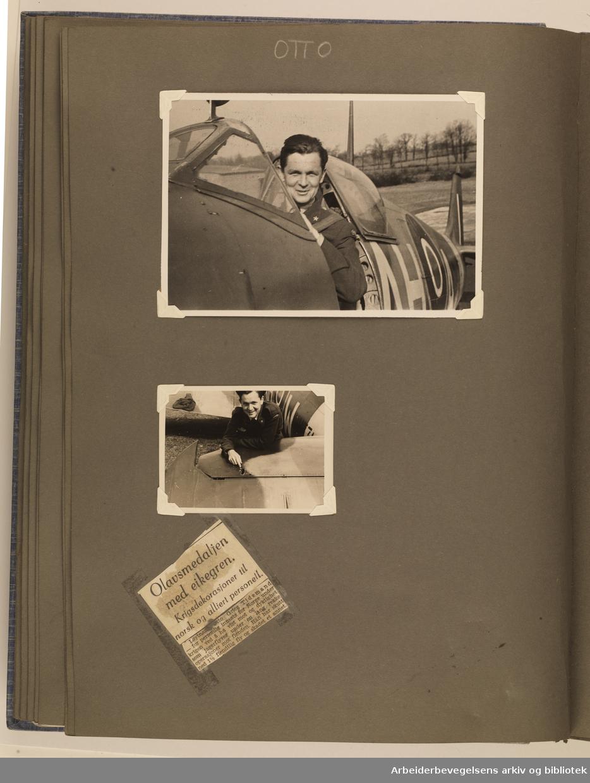 Album laget av Sissel Lie, gift Fosse og senere Bratz (1922-1983). Foto og utklipp fra tiden hun tjenestegjorde i Den norske hærs kvinnekorps i Storbritannia under andre verdenskrig. Hun oppnådde graden fenrik i kontrolltjenesten. Albumet har tittelen Sissels Scrapbook fra 1944-45. Side 53: To portretter av Løytnant Otto Grieg Tidemand. Og en avisnotis om at han fikk Olavsmedaljen med eikegren for å ha vist mot og dyktighet som jagerflyger under en lang rekke operasjoner med fienden. Han har skutt ned 1 og et halvt fiendtlig fly og skadet et annet. ..