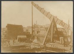 Flytdocka och lyftkran i Odessas hamn