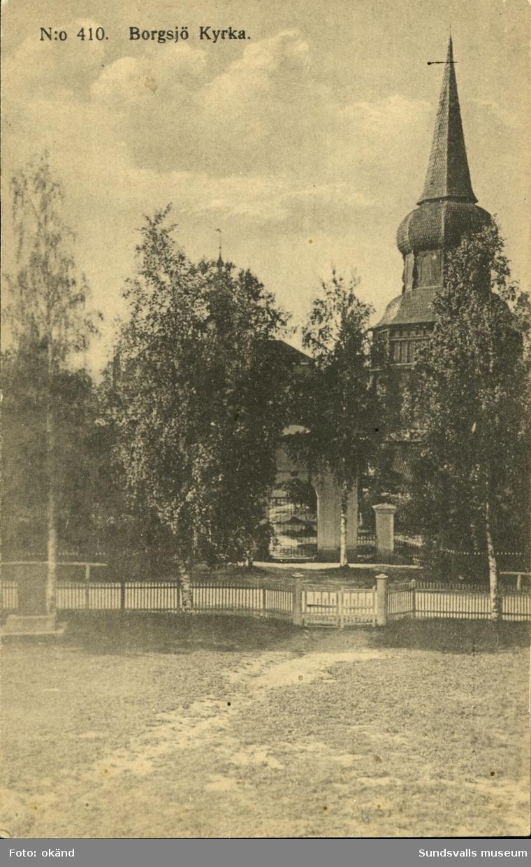 Vykort med motiv över Borgsjökyrka i Ånge.