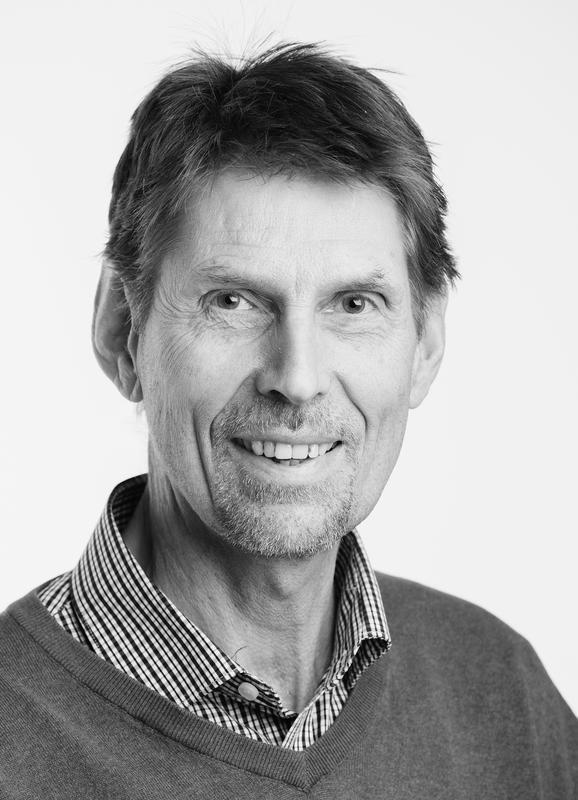 Biolog Ingvar Spikkeland ved Kanalmuseet. Foto: Øyvind Andersen