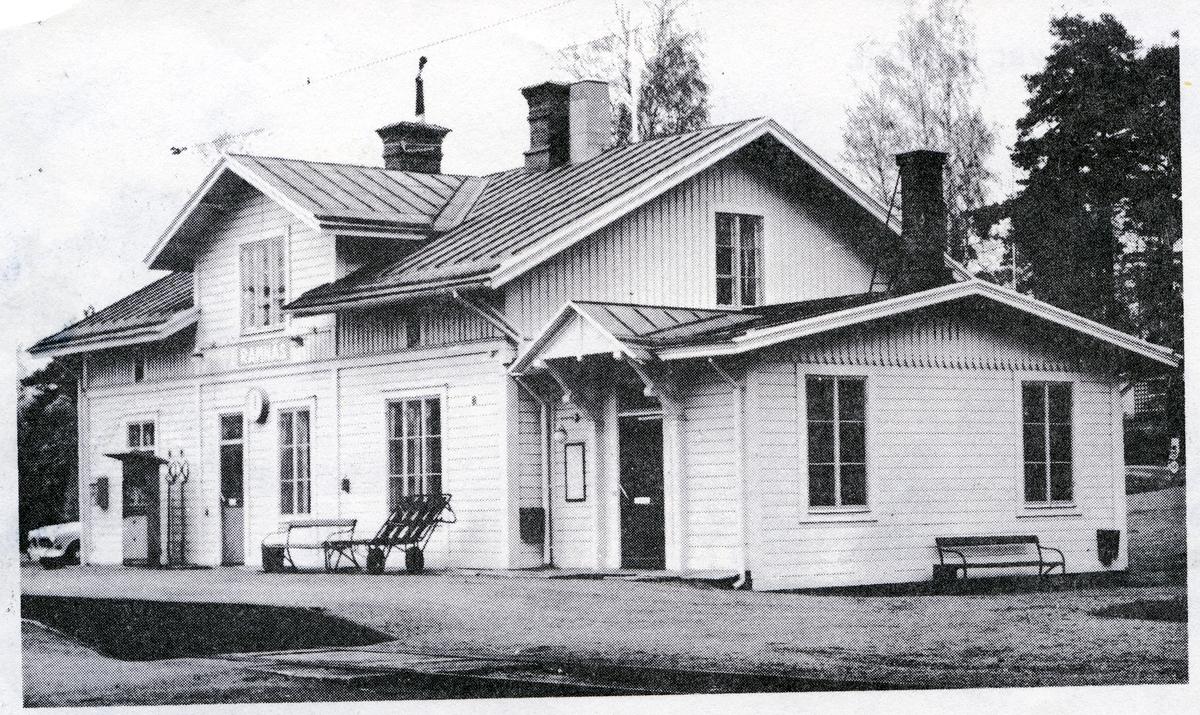 Ramnäs sn, Surahammar,  Ramnäs stationshus efter ombyggnad.