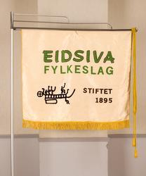 Fane til Eidsiva fylkeslag, stiftet 1895.