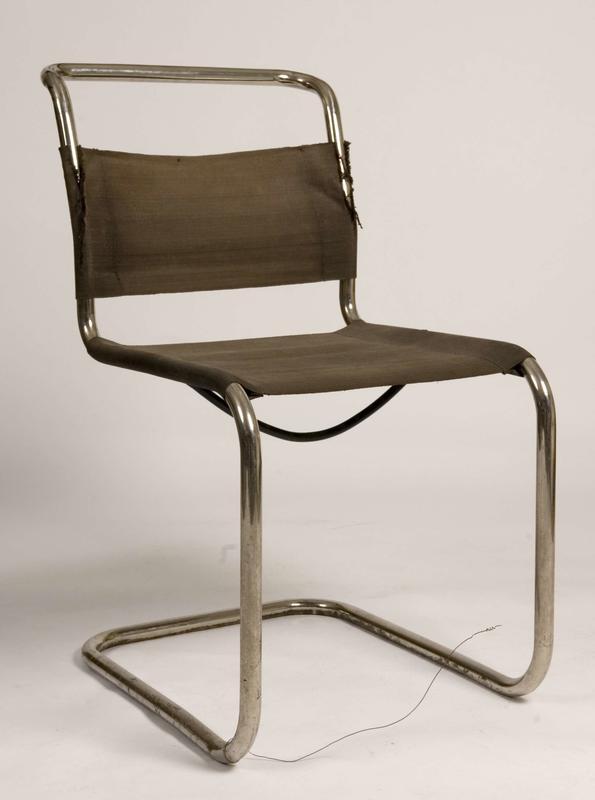 Stålrørstol, designet av Marcel Breuer. (Foto/Photo)