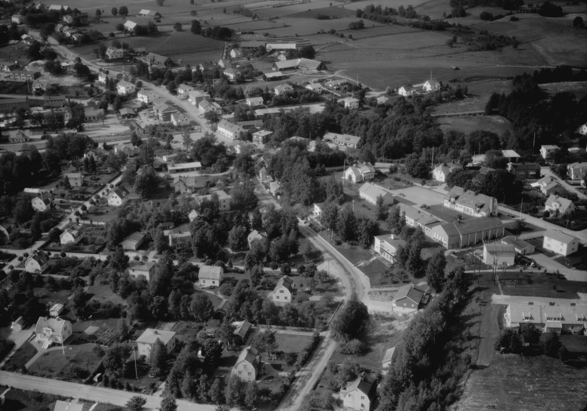 Flygfoto över Landsbro i Vetlanda kommun, Jönköpings län. 1218 / 1966