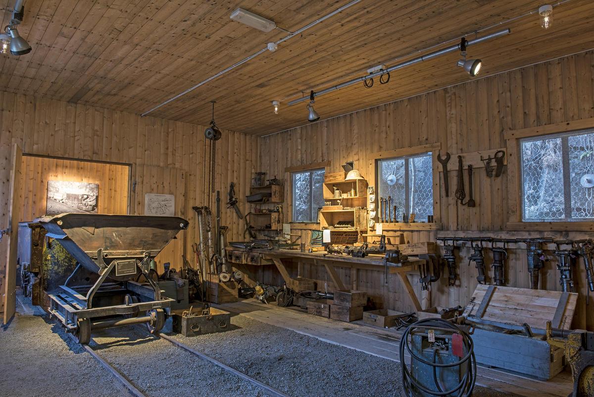 Snøoverbygget utenfor tunnelen. Foto: Morten Reiten (Foto/Photo)