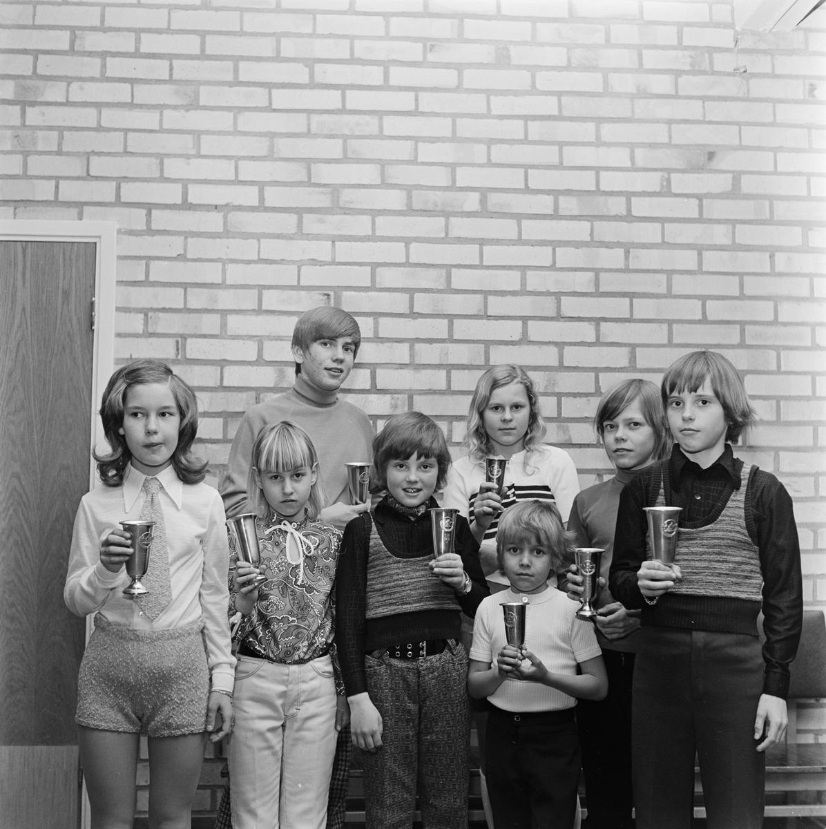 Avslutning för Tierps IF:s skidåkare, Uppland, april 1972