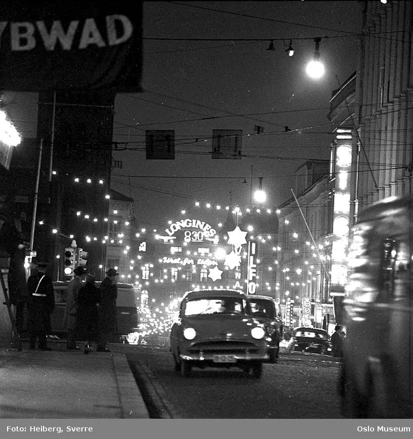 gateløp, mennesker, biler, forretningsgårder, Brannvakten, julegate, nattemørke