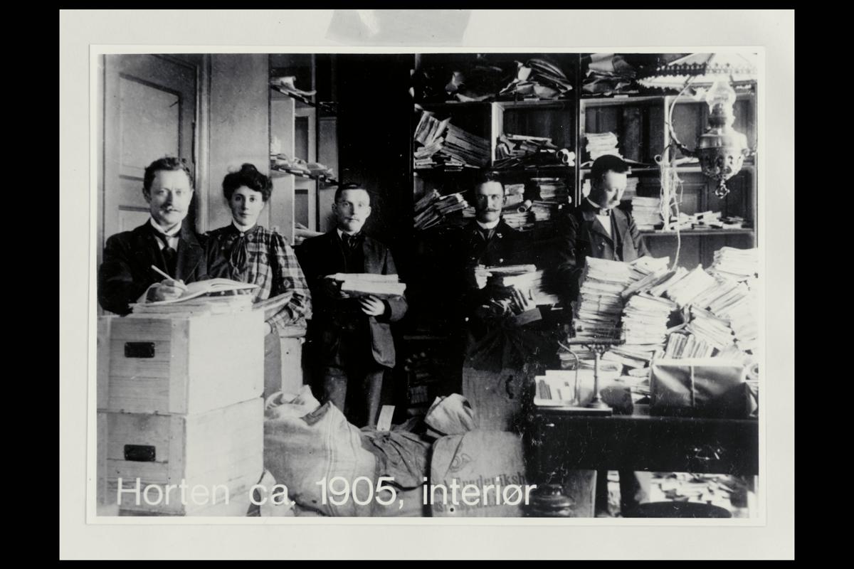interiør, postkontor, 3190 Horten, personale, sortering, sorteringsreol, post, brev, postsekker, kasser