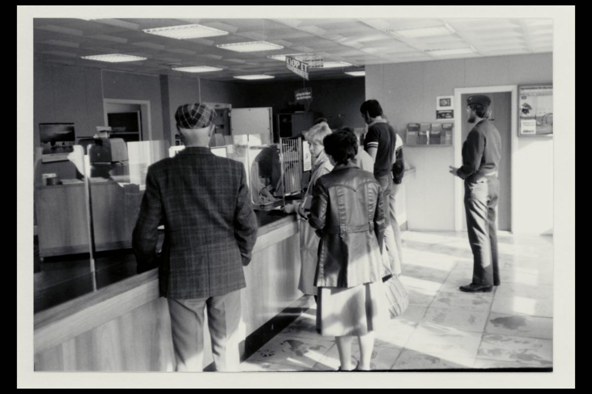 interiør, postkontor, 8480 Andenes, kunder, postekspeditør