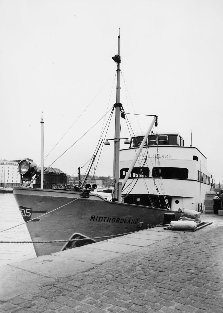 transport båt, eksteriør, M/S Midthordland, ved kai