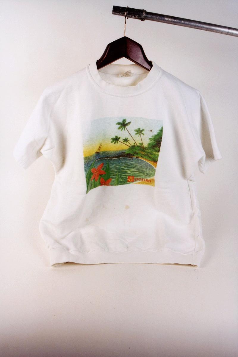 postmuseet, gjenstander, profilklær, T-skjorte, Postens logo, sydhavsmotiv
