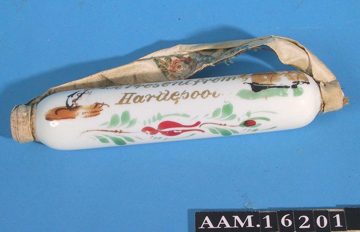 Anker, th. fullrigger, /  stilisert nyperoseranke.