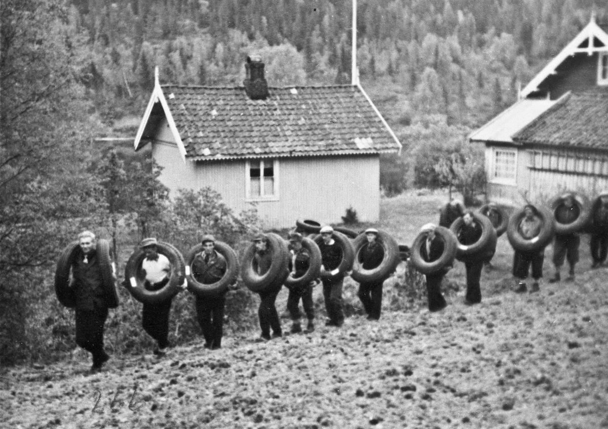 Dekk stjålet fra tyskerne på Eidsvoll Verk.
