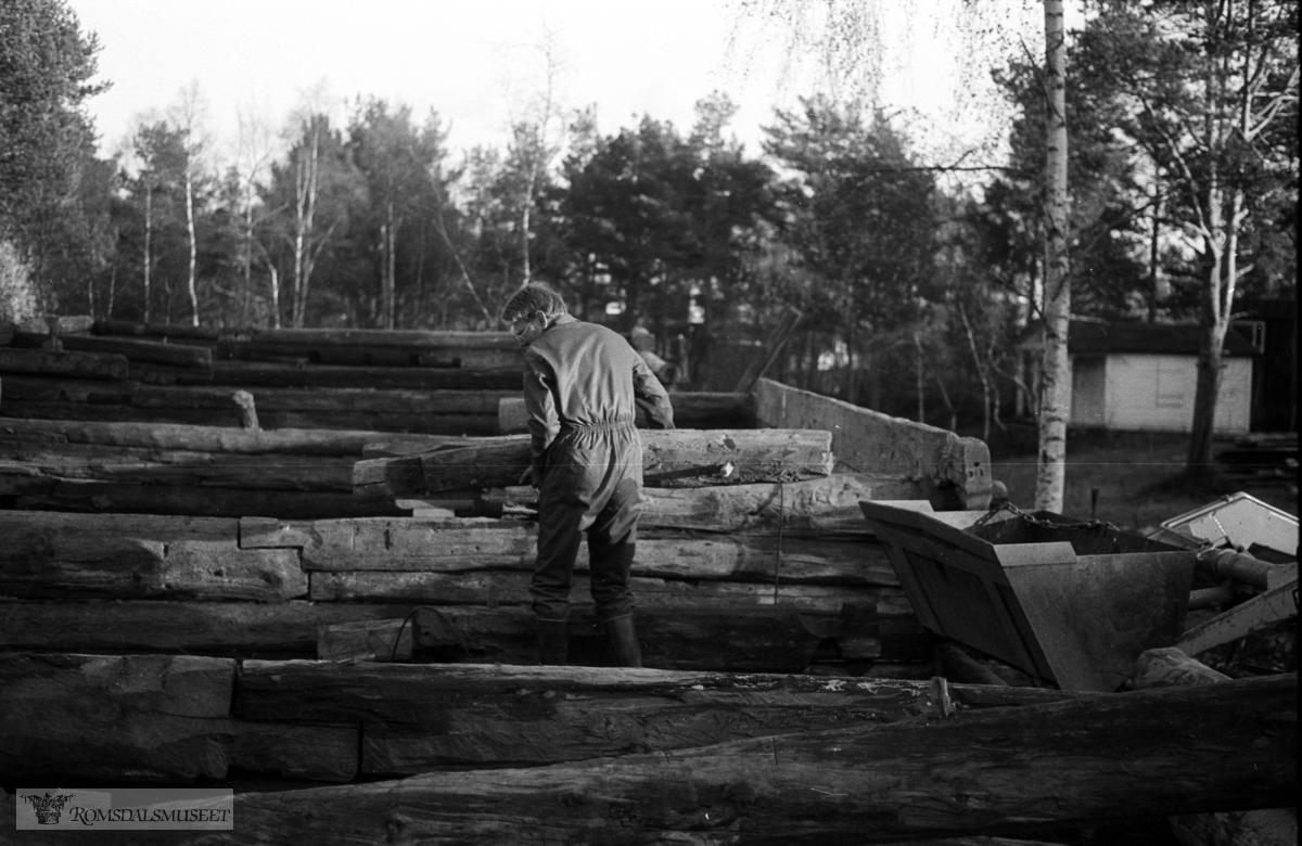 Hammervoll-løa, gjenreising på Romsdalsmuseet.