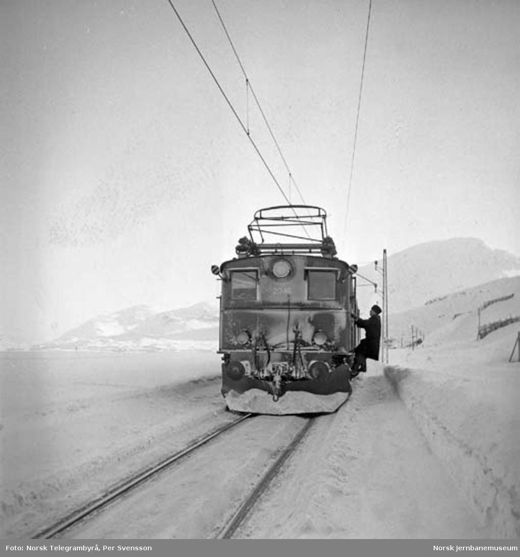 Ofotbanen : tog på svensk side