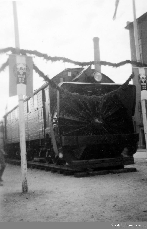 Jubileumsutstillingen 1954 : roterende snøplog nr. 4