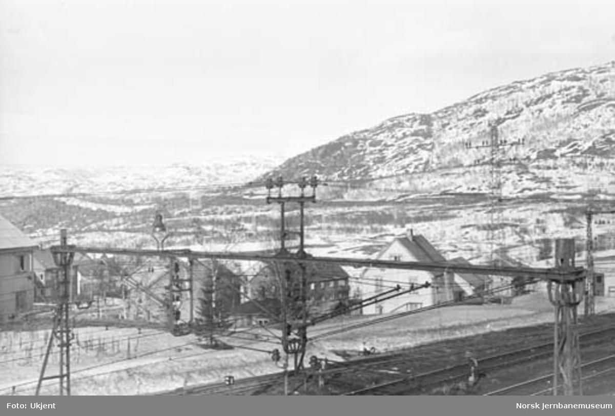 Ofotbanen : kontaktledningsanlegg på Narvik stasjon