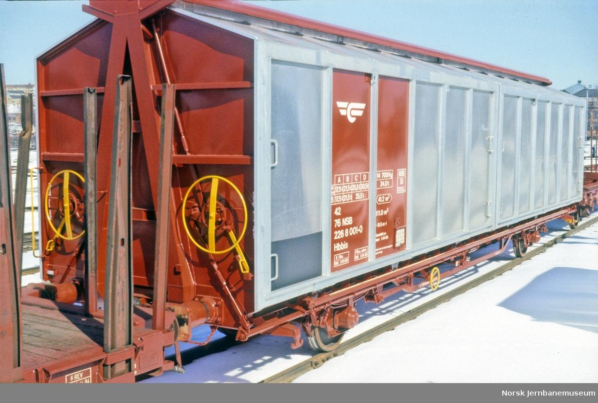 Ny godsvogn litra Hbbis nr. 226 8001