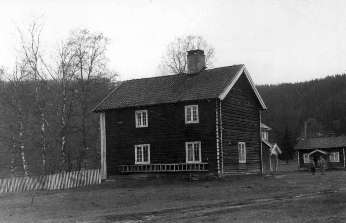 Strandvoll, Trysil, Hedmark mai 1950. Gammelbyggningen.