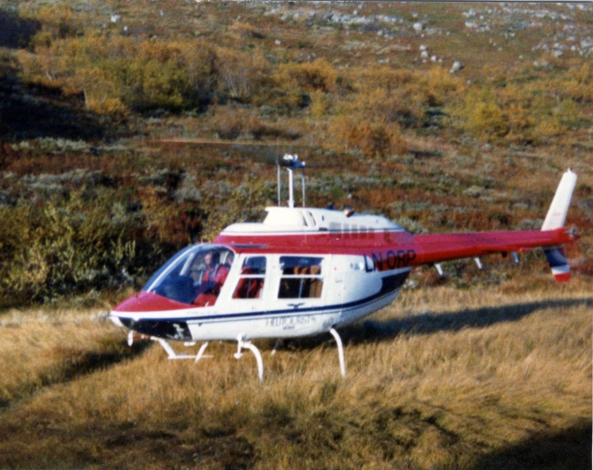Helikopter, LN-ORP, på bakken