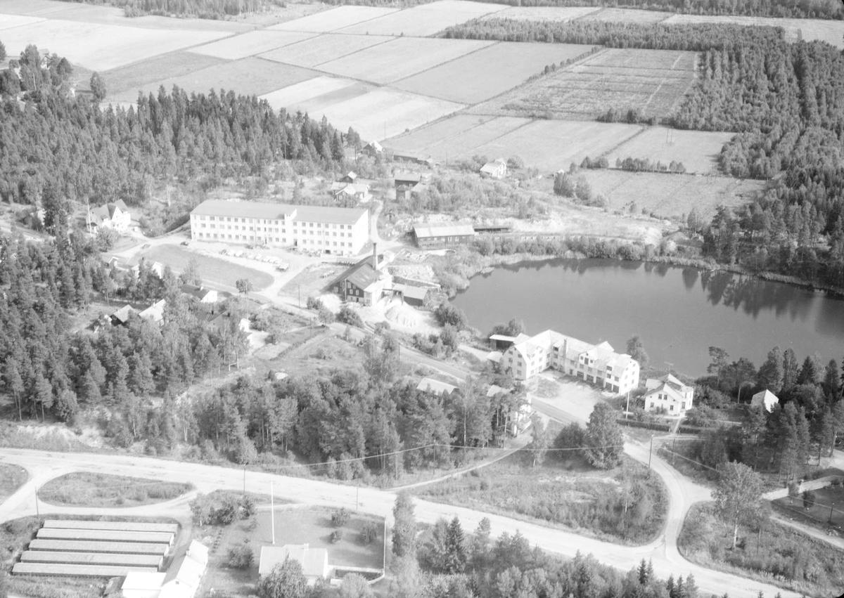 Flygfoto över Tärnsjö, Nora socken, Uppland 1963