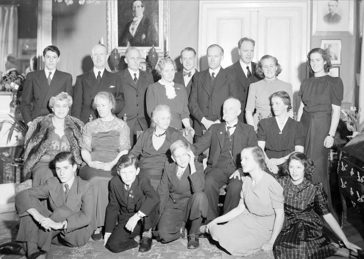 Häradshövding Axel Olivecrona fyller 80 år, Uppsala februari 1940