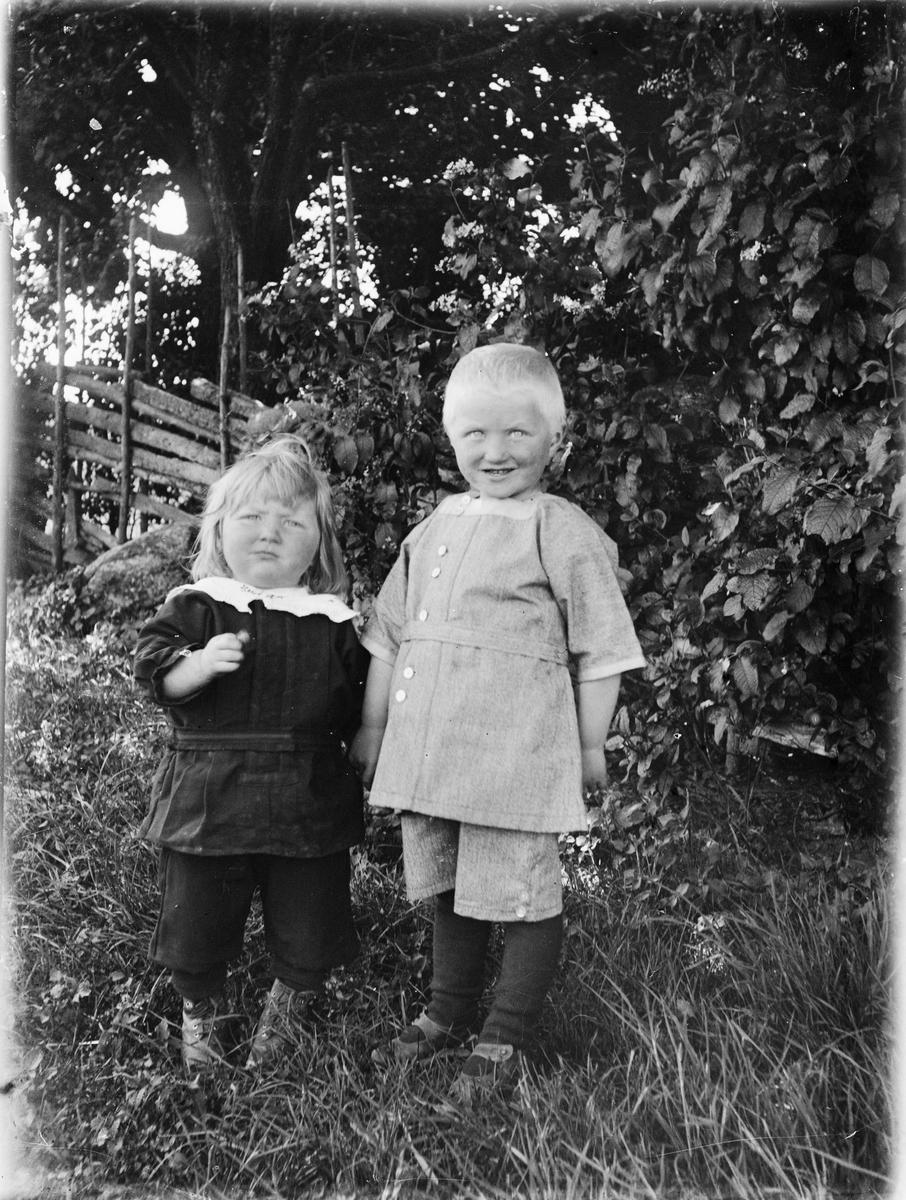 Två barn, Uppland