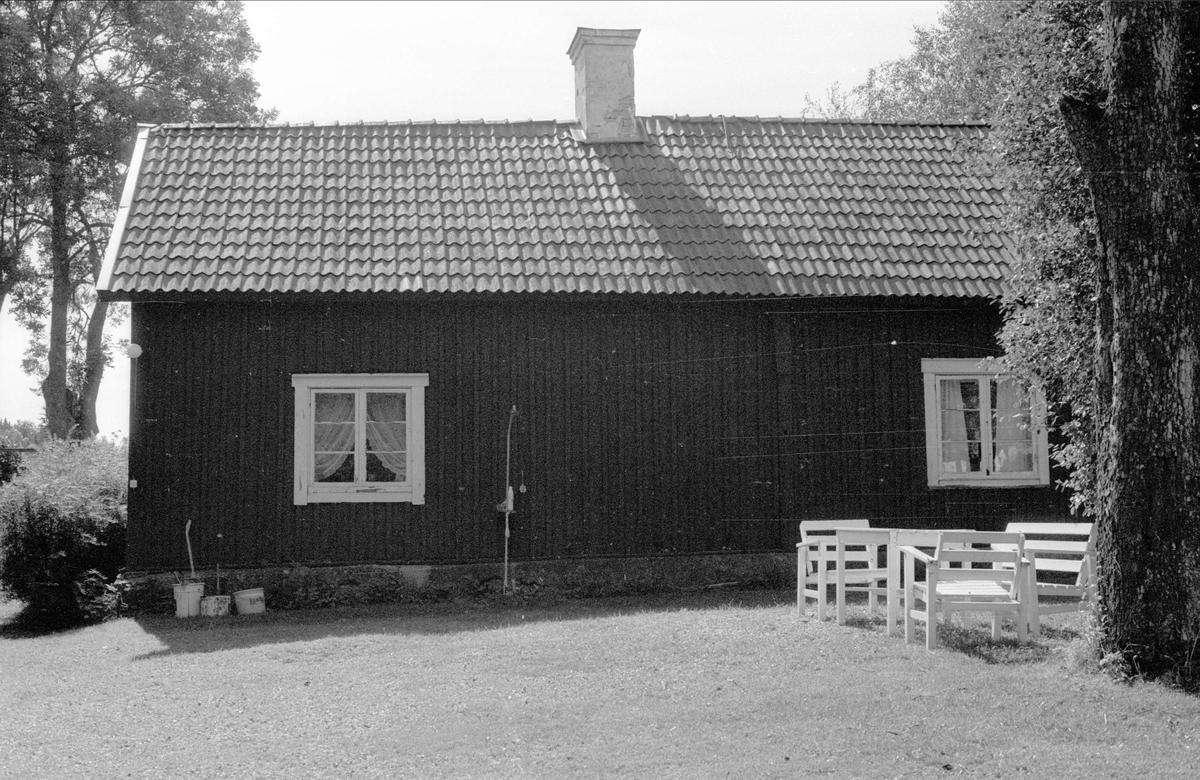 Bostadshus, Ängeby 8:2, Börje socken, Uppland 1983