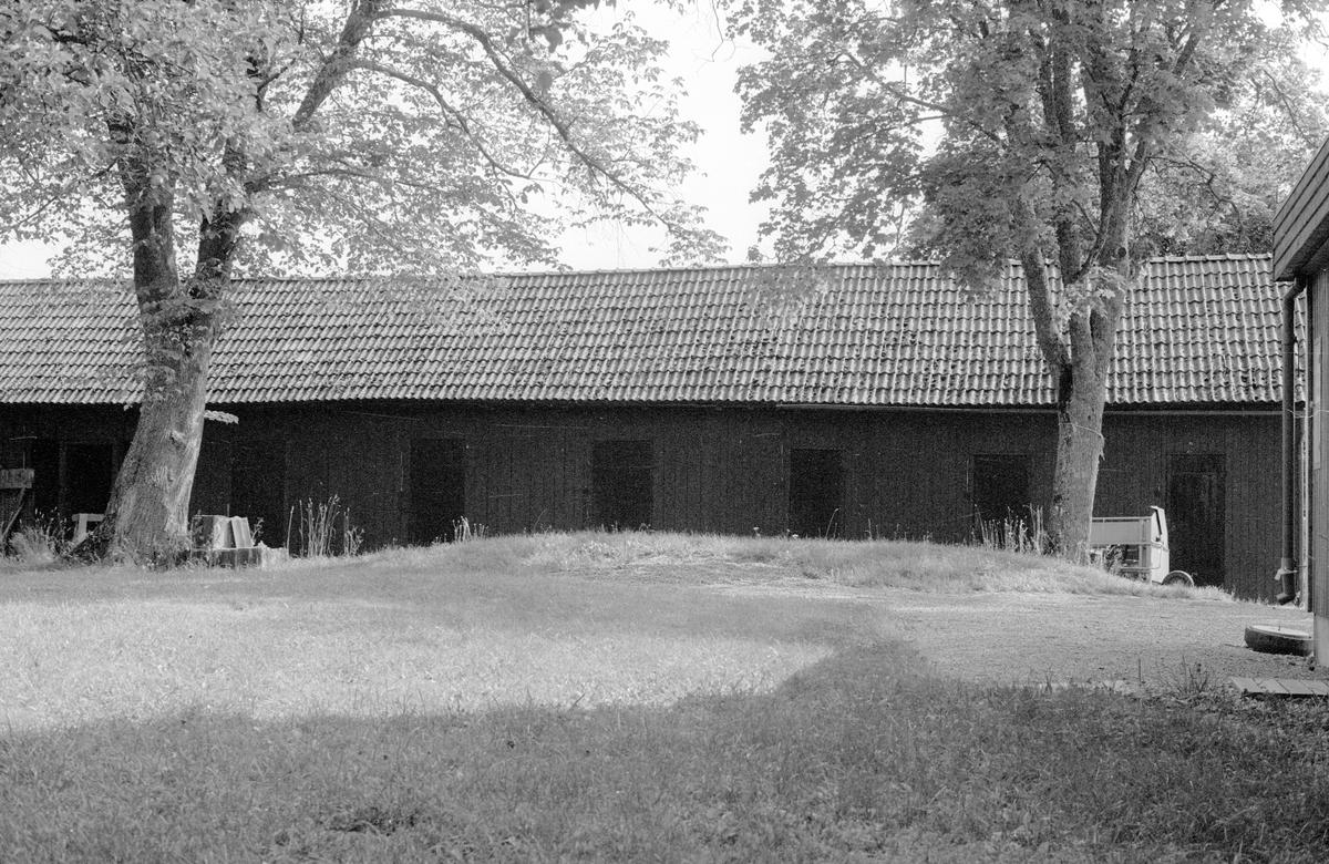 Uthus, Blacksta 3:8, Blacksta, Jumkils socken, Uppland 1983