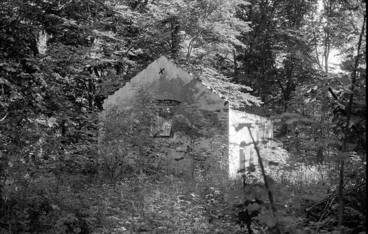 Ruin, Bennebols bruk, Bladåkers socken, Uppland 1987