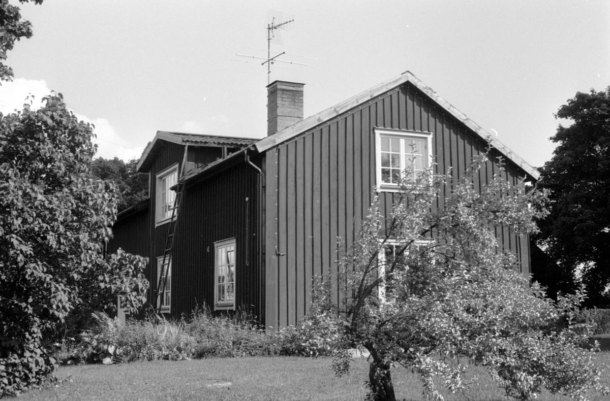 Bostadshus, Skäringby 1:3, Skäringby, Knutby socken, Uppland 1987