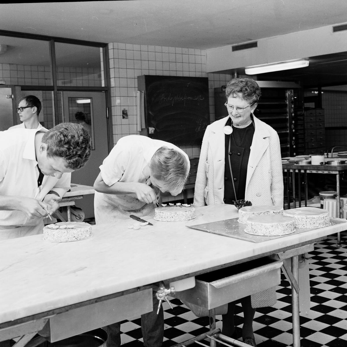 Konditorfackskolan - beställt av Året Runt, Uppsala juni 1966