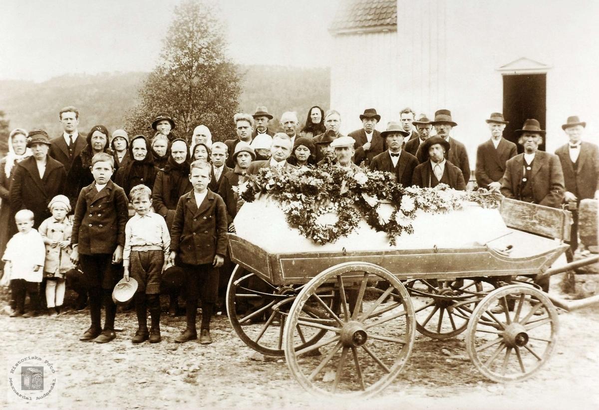 Begravelse til Gunvor Håland. Grindheim Audnedal.