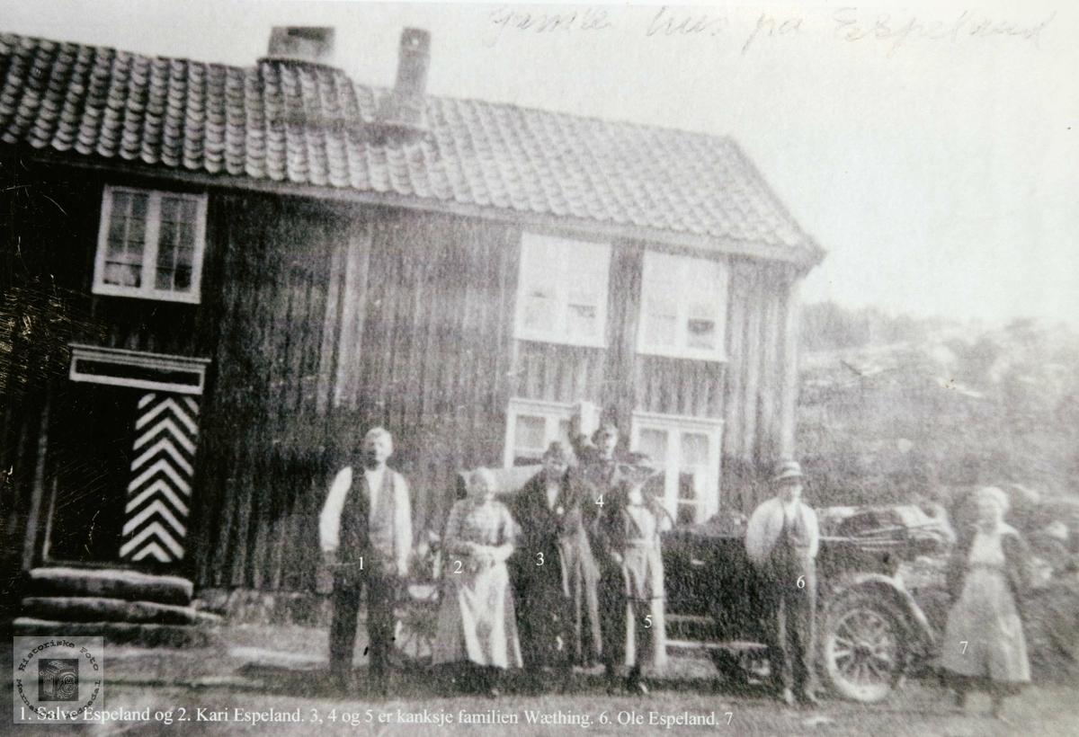 En av de første bilene på besøk på Espeland. Konsmo Audnedal.