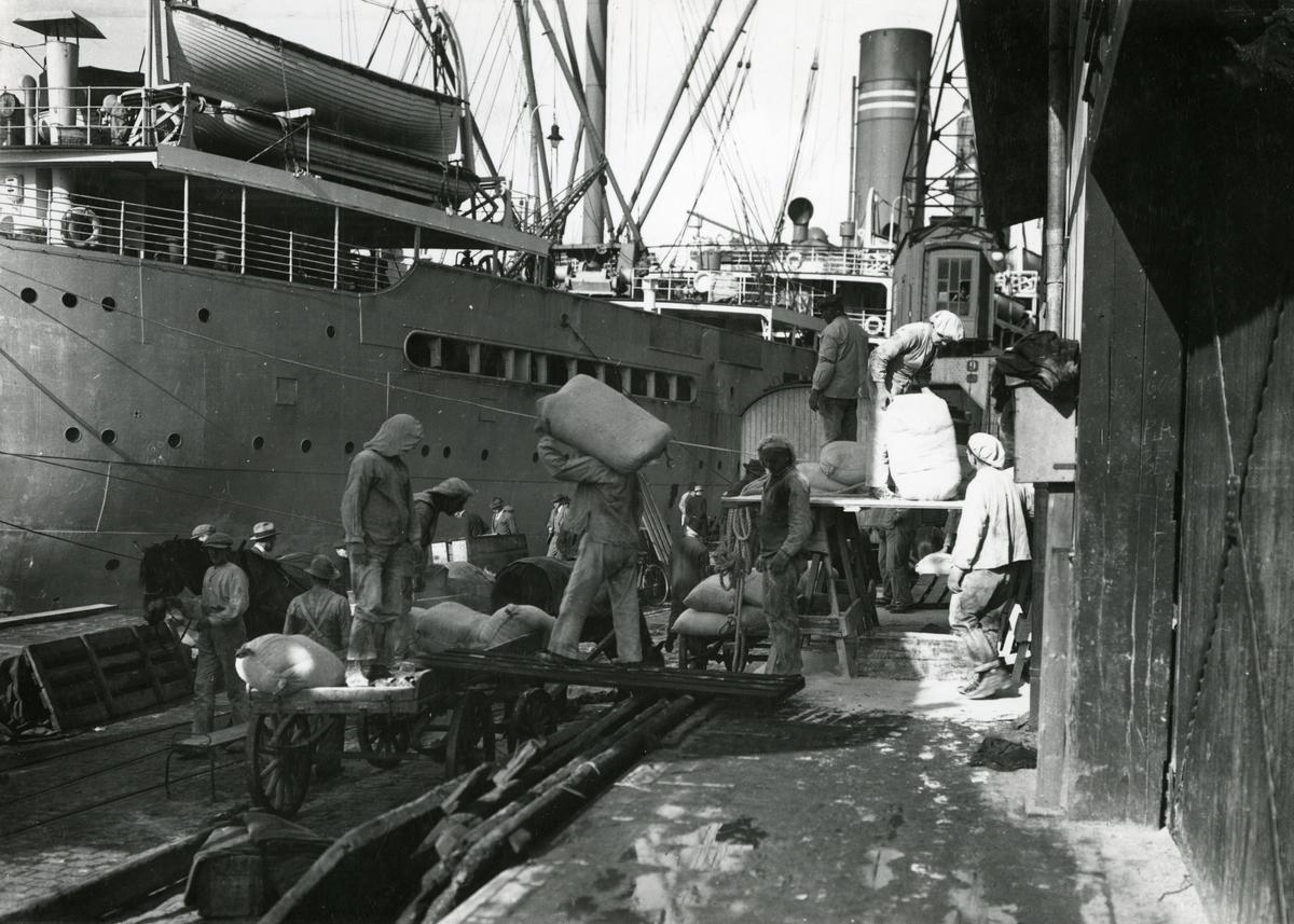 Frakting av last, Amerikabåtene, Oslo 1920.