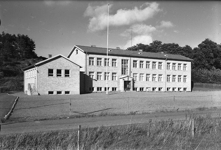 """Enligt AB Flygtrafik Bengtsfors: """"Skredsvik skola Bohuslän"""".   ::"""