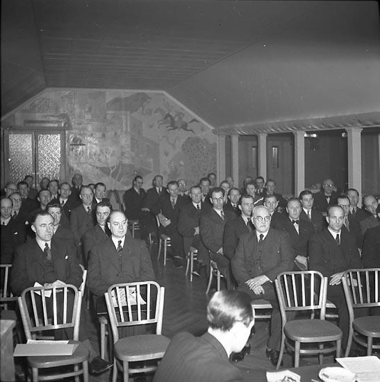 """Enligt notering: """"Speceriavd. Köpman 21/4 1947""""."""