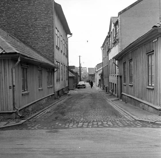"""Enligt notering: """"Skomakaregränd 16 mars 1959""""."""