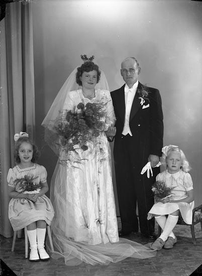 """Enligt fotografens journal nr 7 1944-1950: """"Andreasson, Herr Evald Kåkenäs Här""""."""