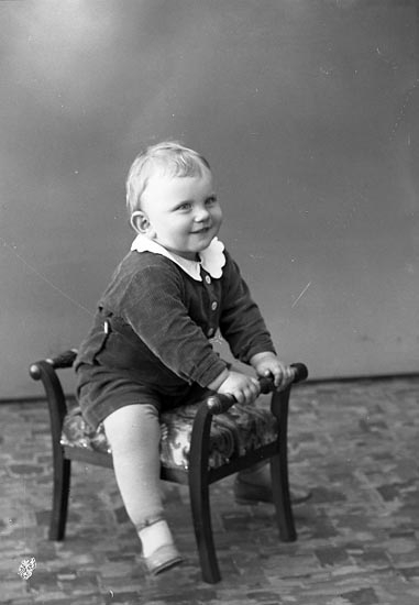 "Enligt fotografens journal nr 6 1930-1943: ""Andersson, Bengt Båtslycke Spekeröd""."