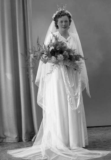 "Enligt fotografens journal nr 7 1944-1950: ""Carlsson, Herr Bror Tage, Carl Larssonsg. 6 Gbg""."