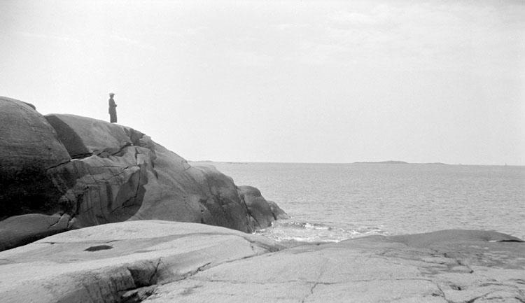 Enligt senare noteringar: På Testholmen, 18 Juni 1926