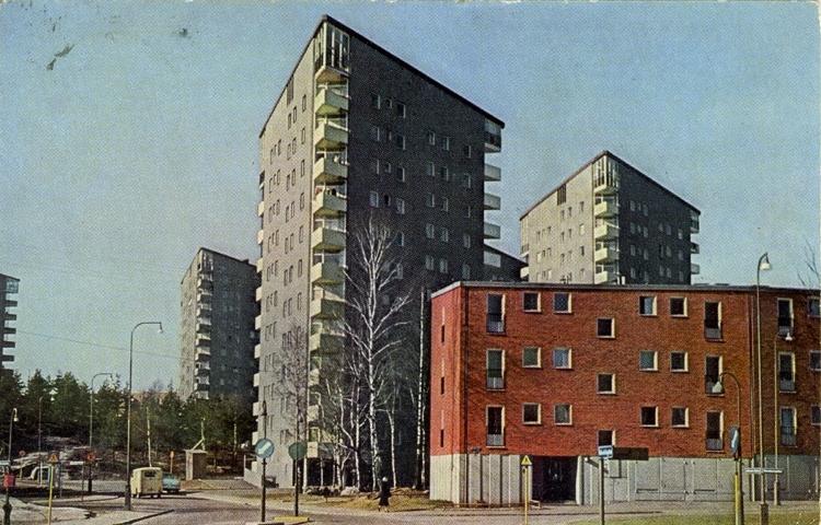 Notering på kortet: Göteborg. Trekantshusen vid Julianska gatan i Kortedala.