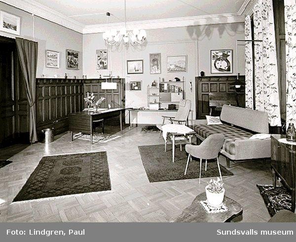 Storgatan 9. Interiör, kakelugnar och möbler, exteriör, bakgårdar.